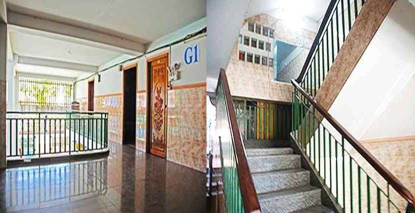 S-HT090006-Sell-GuessHouse-stair
