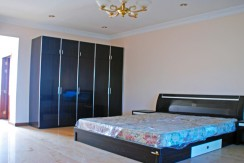 R-BD010004-Rent-Office-Building-Bed