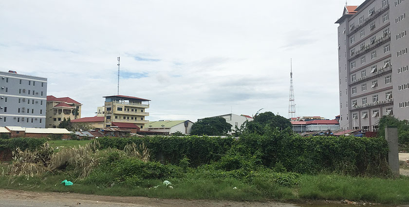 Triangular Land   Vacant Land for Sale in Tuol Kork