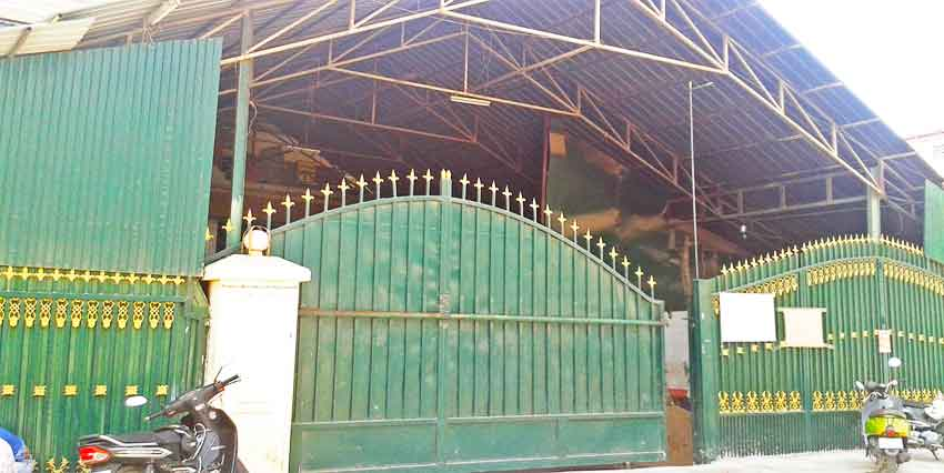 In Front Of Tuek Thla Pagoda   Warehouse For Rent