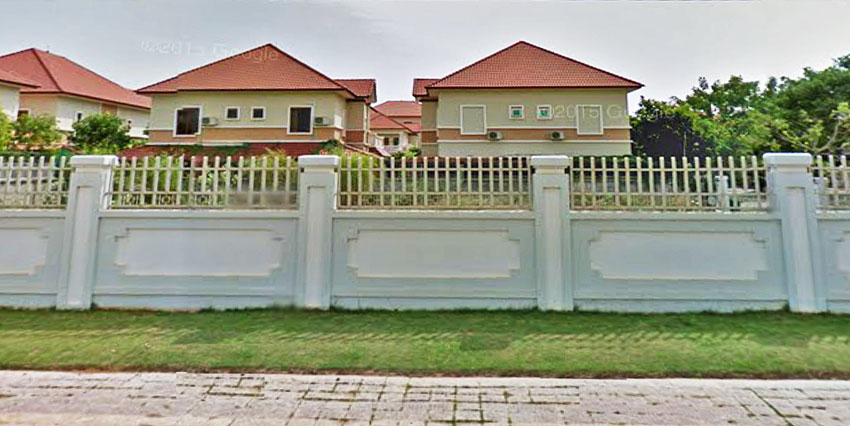 Next to Wat Samrong Andeth   Land For Rent