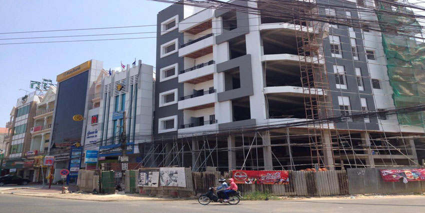 Ta Khmau Roundabout | Building For Sale