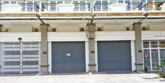 National Road 6 | Shop House For Rent