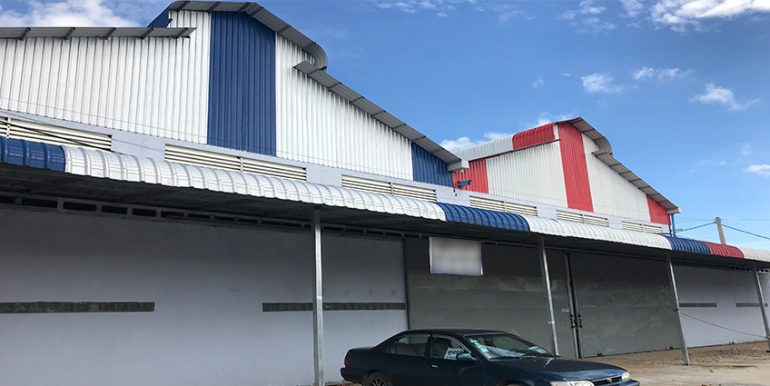 warehouse NR3 for rent